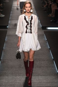 Louis Vuitton - Spring 2015 Ready-to-Wear - Look 18 of 49