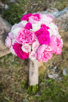 Go bright or go home! If pink is one of your wedding colors, this is rose bouquet is perfect for you! {Jaclyn Schmitz Photography}