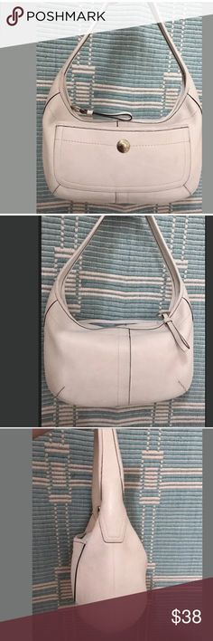 """COACH Ergo White Pebbled Leather Hobo, Handbag 🌺 I'm offering a stunning Authentic COACH Ergo White Pebbled Leather Hobo, Handbag number k0782-11612 in great condition with normal wear very clean both in and out.  It measures 14"""" x 9""""x 2.5"""" and a 1"""" strap with an 8"""" drop.  This bag has very thick Pebbled Leather, very well made quality coach bag with top zipper closure. The interior is lined in a beautiful Turquoise color with compartments to stay organized with a key Clip, an exceptional…"""
