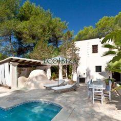 Santa Gertrudis, Ibiza | Global Market Patrimonio Ibiza, Rent A Villa, Outdoor Decor, Home Decor, Decoration Home, Room Decor, Interior Decorating