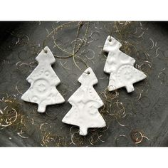 White Christmas Tree Ornaments Lace Ceramic Winter Home Decoration... ($16) ❤ liked on Polyvore featuring home, home decor, holiday decorations, ceramic home decor, ceramic christmas ornaments, white home accessories, white xmas ornaments and white home decor
