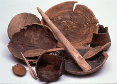 Vikings were skilled at shaping useful things from wood. These wooden bowls and cups were 'turned' (cut to shape) on a machine called a lathe.