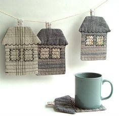 (via Cloth Coasters Textile Houses Quilted Coasters by BozenaWojtaszek)
