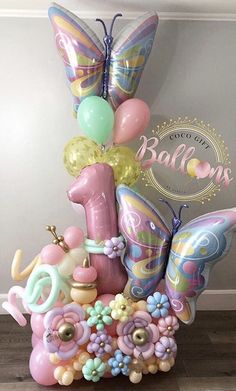 Birthday Balloon Decorations, Balloon Crafts, Birthday Balloons, Birthday Party Themes, Balloon Arrangements, Balloon Centerpieces, Balloon Backdrop, Balloon Garland, Butterfly Balloons