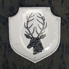 PATCH NYC - HOME DECOR - DEER SHIELD PLATTER {PLTPTC16}