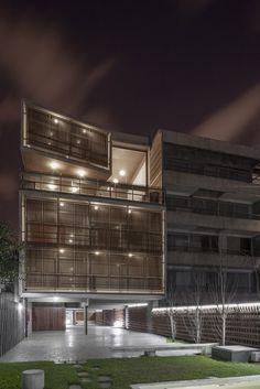 Galería de Condominio Mosconi 3 / Frazzi Arquitectos - 6