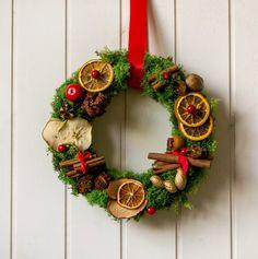 Moss wreath, Christmas moss wreath, Holidays moss decor, xmas orange and cinnamon wreath, Italian Christmas wreath, natural Christmas wreath