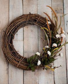 fall wreath diy - rustic meadow-inspired