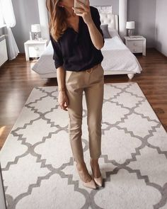 business mode damen Nice class outfit for a day at work - Casual Office Attire, Business Outfits Women, Business Casual Outfits For Women, Work Attire, Stylish Office, Outfit Work, Casual Autumn Outfits Women, Outfit Office, Fall Outfits For Work