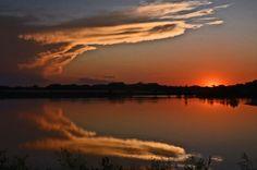 Thursday Sunset 2  by: Nikongranny via wunderground. Shenandoah, IA.
