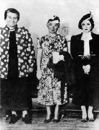 Gabriela Mistral, Alfonsina Storni y Juana de Ibarbouru