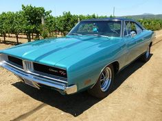 Executive Auto Shippers This is how we Rock. #LGMSports transport it with http://LGMSports.com 1969 Dodge Charger R/T 440