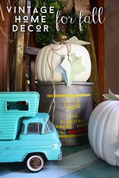 Terrific Vintage Home Decor for Fall by RobbRestyle.com  The post  Vintage Home Decor for Fall by RobbRestyle.com…  appeared first on  Mane Decorations .
