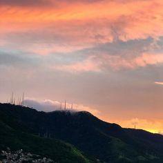 Thank you mother nature  Gratidão mãe natureza!  #sunset