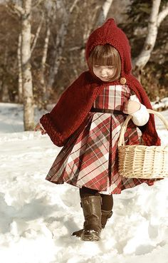 Little Red Plaid Riding Hood Tartan Fashion, Covet Fashion, Kids Fashion, Tweed, Valentino, Tartan Christmas, Plaid Outfits, Precious Children, Red Riding Hood