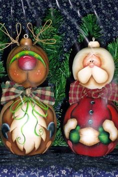 Santa & Reindeer Jingle Belly Ornaments Pattern