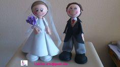Fofuchos personalizados novios, él con chaqué/Personalized fofucho dolls braid and groom