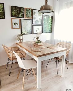 Bohemian furniture as a rule isn't found in a store. These rooms will in general be loaded up with furniture gathered after some time, so second-hand and… Home Room Design, Dining Room Design, Dining Room Furniture, Home Interior Design, Interior Decorating, Dining Room Inspiration, Home Decor Inspiration, Decor Ideas, Kitchen Decor