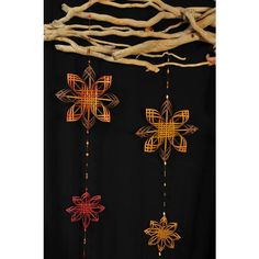 Snowflake woven hanging mobile, three flowers (€64) ❤ liked on Polyvore featuring home and home decor