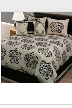 Bed Bath and Beyond Comforter.
