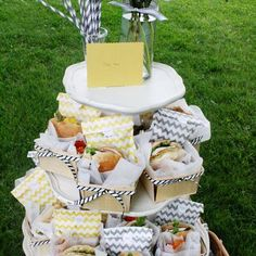 466 Baby Shower    Cute baby shower ideas for party food ideas, baby shower party themes, DIY decorating, baby shower games and a lot of pictured instructions. You'll love these baby shower pictures.