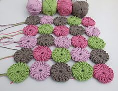 Crochet yo yo blanket with fab colors! I think sister Beth would do an awesome job with this one!  Love it!