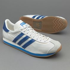 pretty nice 62cfb a9440 adidas Originals Country OG ChalkBlue Running Style, Running Fashion, Adidas  Country