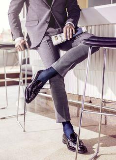 nice pair of shoes Mens Fashion Suits, Mens Suits, Male Fashion, Stylish Men, Men Casual, Falke Socks, Mens Business Shoes, Dress Socks, Men's Socks