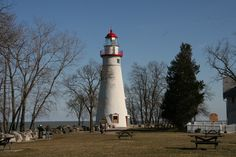 #Lake Erie Lighthouse   Lake Erie U.S. and Canadian sides    Share     http://www.linksbuffalo.com/place/canalside/