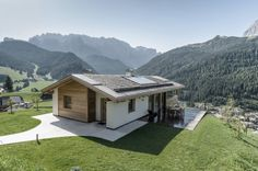 Family House / Rudolf Perathoner   Source