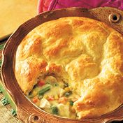 Chicken pot pie topped with biscuits. Might have to shake things up with my own chicken pot pie recipe now. Quiche, Healthy Chicken Pot Pie, Chicken Soup, Chicken Potpie, Chicken Recipes, Cooked Chicken, Swanson Chicken Pot Pie Recipe, Turkey Chicken, Skinny Chicken