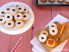 Biscotti Occhio di Bue  Sono sicuramente tra i biscotti più famosi che ci siano! http://bit.ly/Biscotti-occhio-di-bue