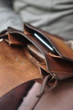 Brown Backpacks, Vintage Backpacks, Men's Backpack, Leather Bags Handmade, Brown Bags, Little Bag, Printed Bags, Vintage Bags, Shoulder Purse