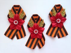 Юлия Коренева - Фото | OK.RU Kanzashi, Quilling, Ribbon, Creative, How To Make, Basteln, Bedspreads, Tape, Treadmills