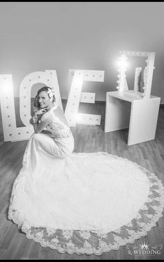 K-WEDDING DRESS