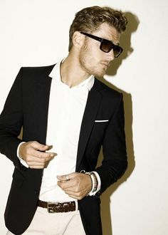 menswear #Lockerz Cool sungalsses just need$24.99!!! website for you : www.glasses-max.com