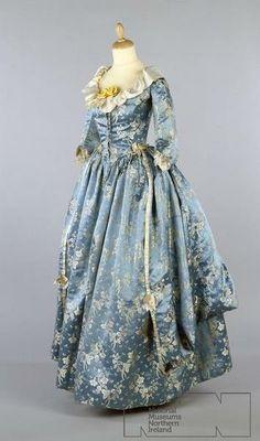 Robe à l'Anglaise   ca. 1780s