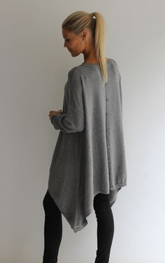 This gorgeous cashmere jumper is a must now the colder months are approaching. Keeping you snug and stylish.