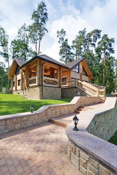 Tasarımıyla fark yaratan 8 göz alıcı ev örneği.