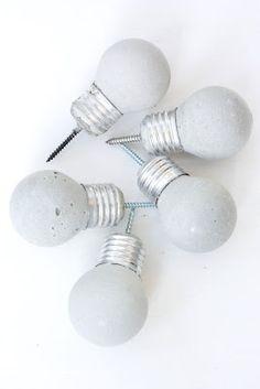 DIY concrete bulb hooks. bunt lackieren und an alte kommoden schrauben.