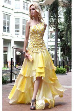 I love this beautiful dress!