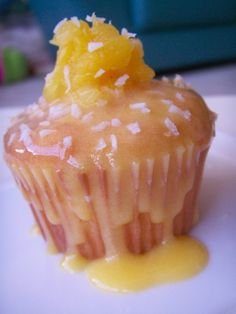 Tropical Pineapple-Coconut Cupcakes