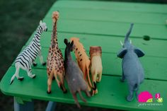 Petrecerea animalelor! Puzzles, Giraffe, Puzzle, Riddles, Giraffes
