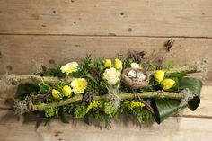1 million+ Stunning Free Images to Use Anywhere Easter Flower Arrangements, Easter Flowers, Floral Arrangements, Easter Projects, Easter Crafts, Oster Dekor, Small Centerpieces, Arte Floral, Deco Table