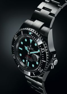 Rolex Watches Collection : Rolex Oyster Perpetual Sea-Dweller (Case ref. dial lume - Watches Topia - Watches: Best Lists, Trends & the Latest Styles Gold Rolex, New Rolex, Rolex Oyster Perpetual, Men's Watches, Sport Watches, Cool Watches, Sea Dweller, Rolex Submariner, Rolex Watch Price