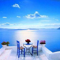 Beautiful view on the ocean in Santorini, Greece