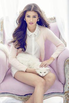 Liza Soberano for Kashieca Filipina Actress, Filipina Beauty, Liza Soberano, Teen Celebrities, Celebs, Asian Woman, Asian Girl, Aesthetic Women, Beauty Magic