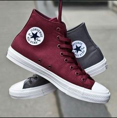 Trendy Ideas For Womens Sneakers : Converse Chuck Taylor II I need a pair of these in every color available Converse All Star, Converse Haute, Mode Converse, Outfits With Converse, Converse Sneakers, Galaxy Converse, Cute Shoes, Me Too Shoes, Converse Chuck Taylor Ii