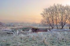 Shillingstone in Dorset Frosty sunrise, at the Wilson Haines bridge on the river Stour, Shillingstone.