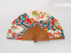 Yoshi, Kawaii Clothes, Decoupage, Thats Not My, Delicate, Hands, Hand Fans, Projects, Crafts